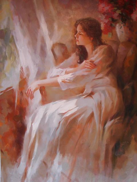 девушка на кресле картины